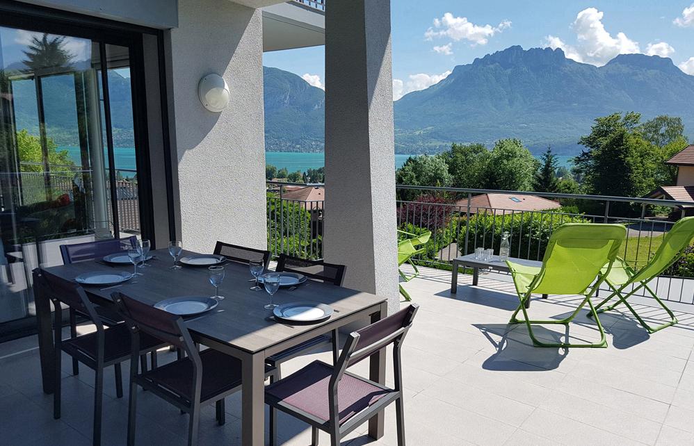 annecy vue lac appartements louer entre lac et montagnes. Black Bedroom Furniture Sets. Home Design Ideas